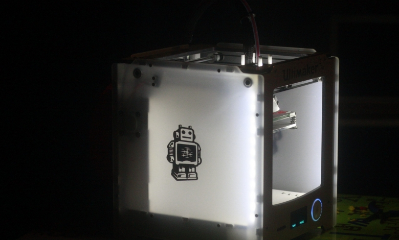 Photo of La Ultimaker2Go dimostra che i 3D Print Shop hanno un futuro assicurato