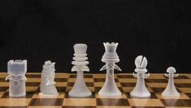 """Photo of Un meraviglioso set di scacchi stampati 3D fa emergere problemi legali""""coi baffi"""""""