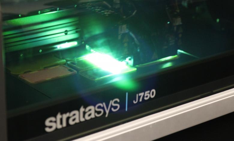 Photo of Stampanti 3D, con la Stratasys J750 si sta completando una rivoluzione