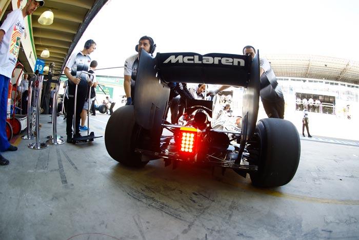 Photo of McLaren Racing firma con Stratasys per introdurre la fabbricazione additiva nella Formula 1