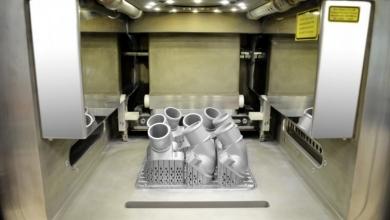 Photo of Novità sul fronte stampa 3D: Mercedes-Benz Trucks e il primo ricambio per truck in metallo