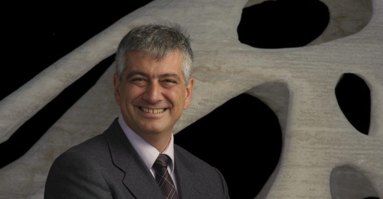 Photo of Faccia a faccia con Enrico Dini, l'italiano che ha inventato il binder jetting per l'edilizia