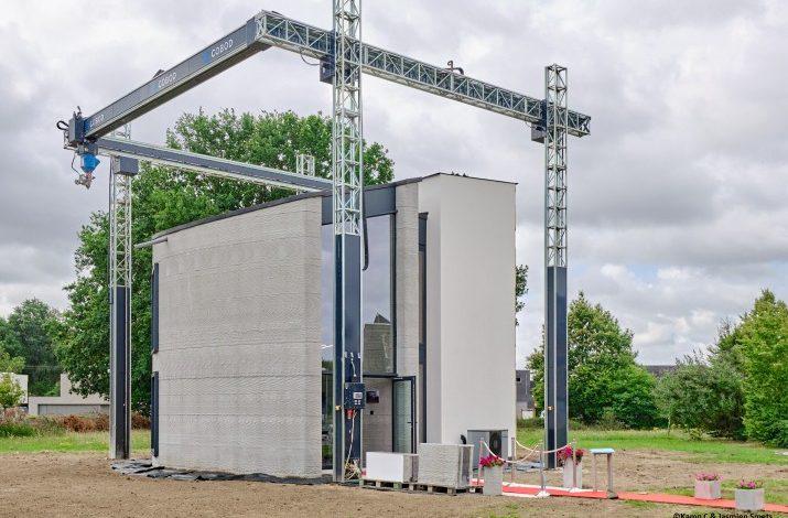 Photo of Kamp C completa la prima casa a due piani stampata in 3D sul posto per il progetto C3PO
