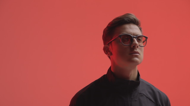 Photo of Paulo Dybala lancia PD10: la prima linea di occhiali a impatto zero grazie alla stampa 3D