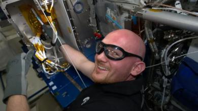 Photo of L'astronauta dell'ESA Alexander Gerst discute dei vantaggi della stampa 3D sulla ISS