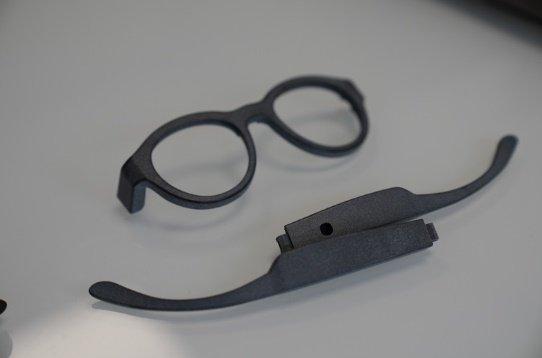 Photo of Occhiali per bambini dislessici stampati con HP MJF Tech