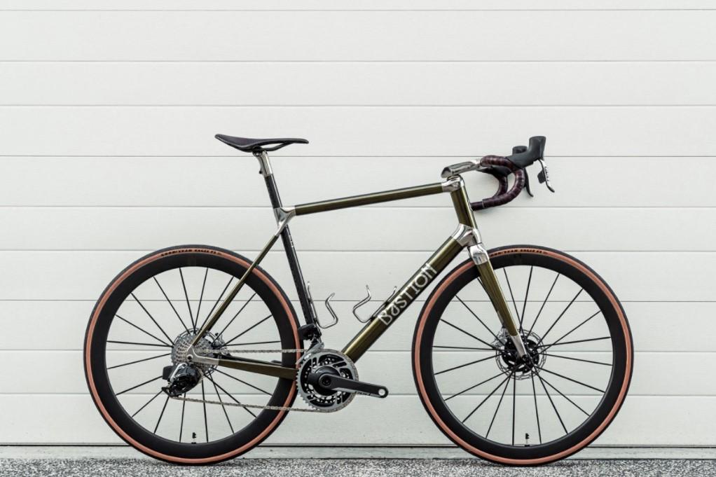 Bastion Cycles introduce la cabina di pilotaggio per bicicletta stampata in 3D in titanio completamente integrata